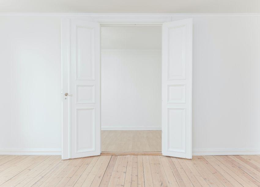 zamenjava notranjih vrat v stanovanju